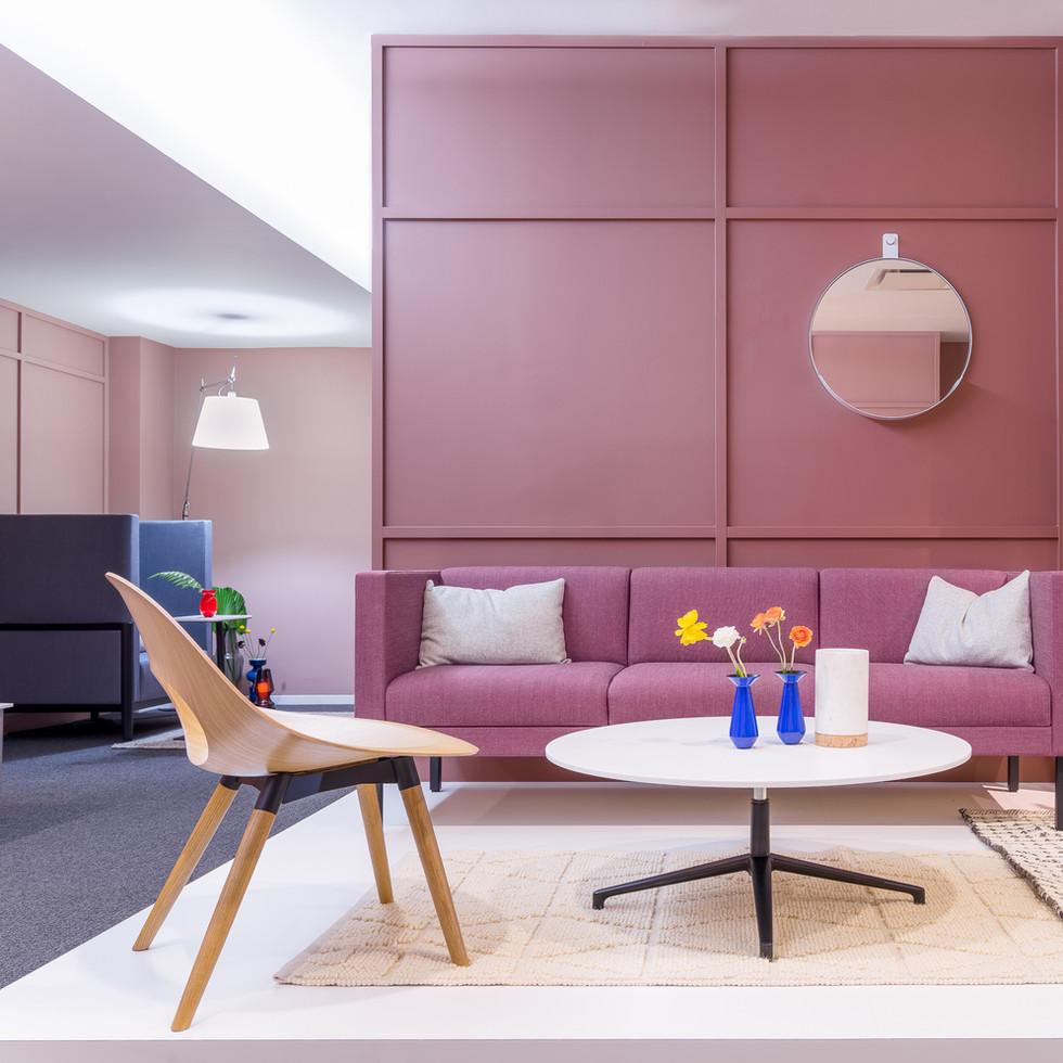 Source International Seating Furniture Display | Kuchar