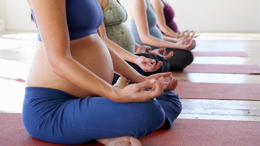 pregnant-yoga_wide-de88addf0b08bf5b9b3e3