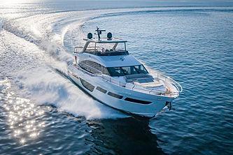 y78-exterior-white-hull-04.jpg