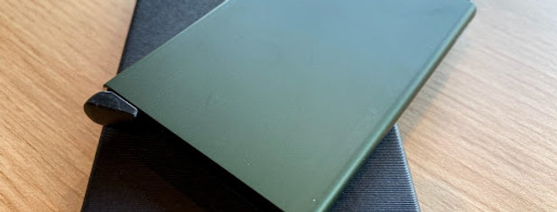 CARDPROTECTOR - GREEN