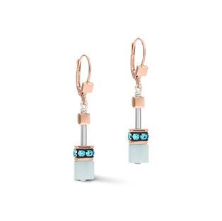 Zarte Farben, klare Formen: elegante Ohrringe aus der GeoCUBE® Kollektion mit Amazonit
