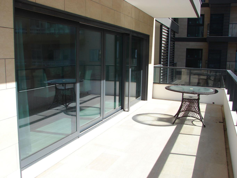 silvestre e sousa f brica portas janelas pvc alum nio isolamento t rmico e ac stico fenster. Black Bedroom Furniture Sets. Home Design Ideas