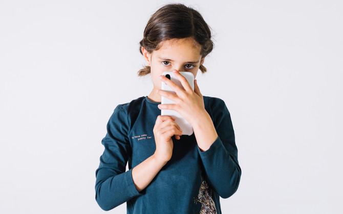 """¿Sientes que tus hijos están """"tooodooo el día en el celular""""?"""