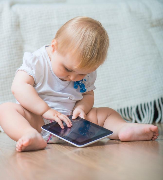 ¿Acostumbras entretener a tu hijo con la tablet?