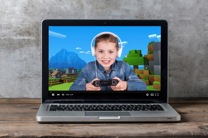 Mi hijo de cuarto grado me mostró un video que hizo un amigo del mismo grado sobre videojuegos, y lo