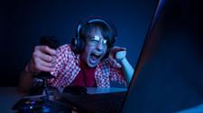 ¿Mi hijo podría volverse adicto a los videojuegos?