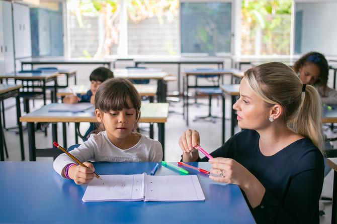 Pregunta: ¿Dónde puedo encontrar material didáctico para un niño en tercer grado de preescolar?