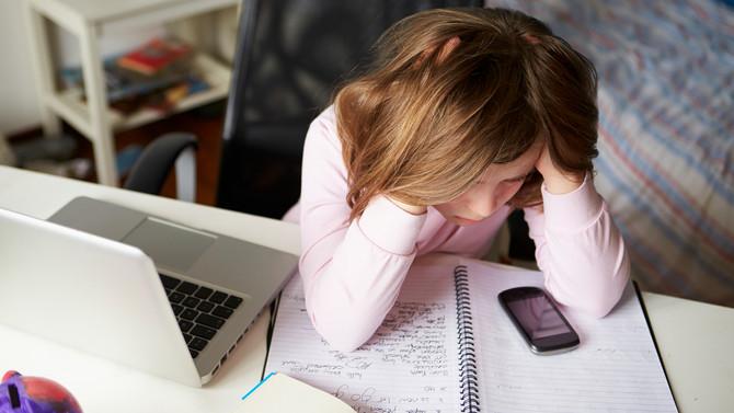 ¿Y si mi hijo se enfrenta con un depredador en línea?