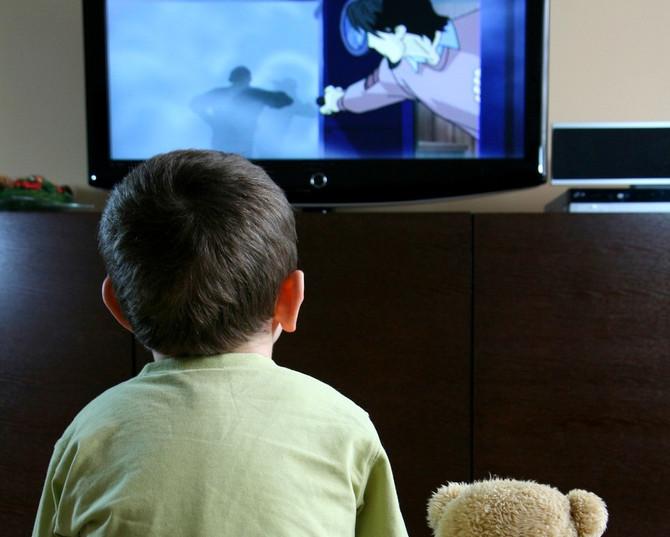 La pregunta del millón… ¿Cómo separo a mis hijos del celular, la televisión y los videojuegos?