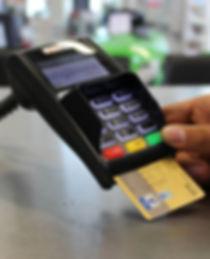 ec-cash-1750490.jpg