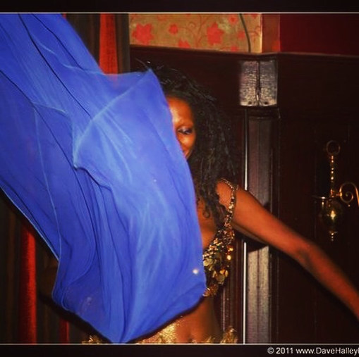 London bellydancer for hen nights