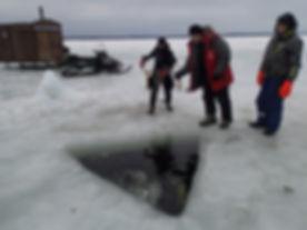 reeling in divers in emergency.JPG