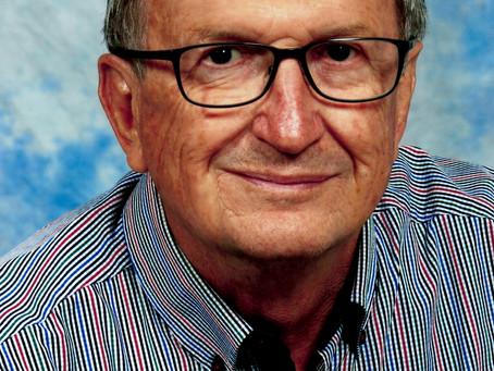 Kons. Stephan Jungwirth aus Traun (1945 - 2021): Schwimmclub, Computer, Politik und Kirche