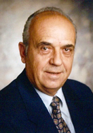 Dr. Dimitrios Kechajas (1931 - 2019)         Sprachenvielfalt in Linzer Ordination
