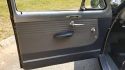 1950 Ford Tudor Custom Deluxe(19)