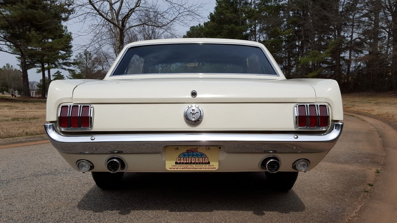 1966 Mustang Coupe White (8) (Medium)