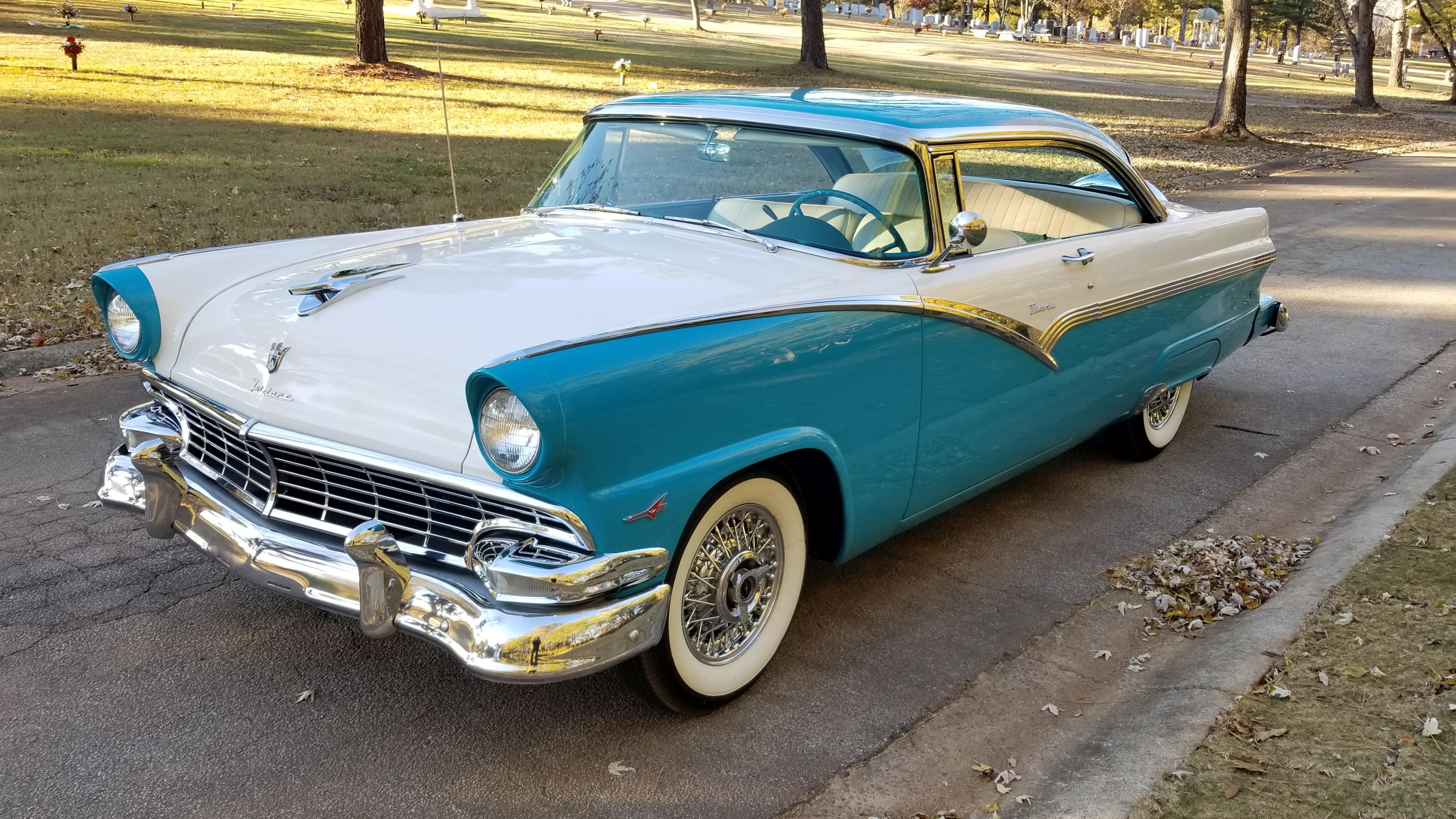 1956 Ford Victoria (22)