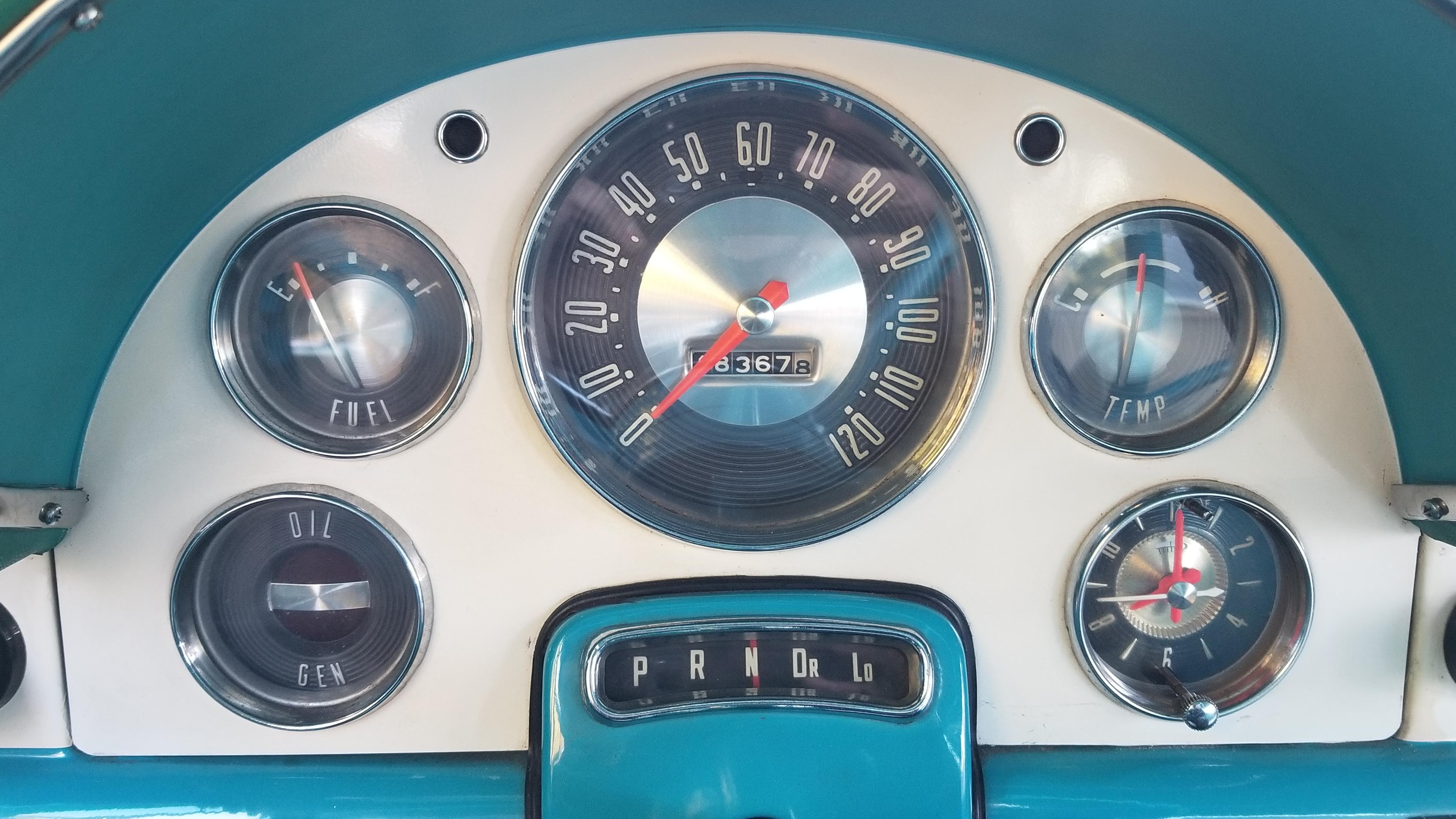 1956 Ford Victoria (52)