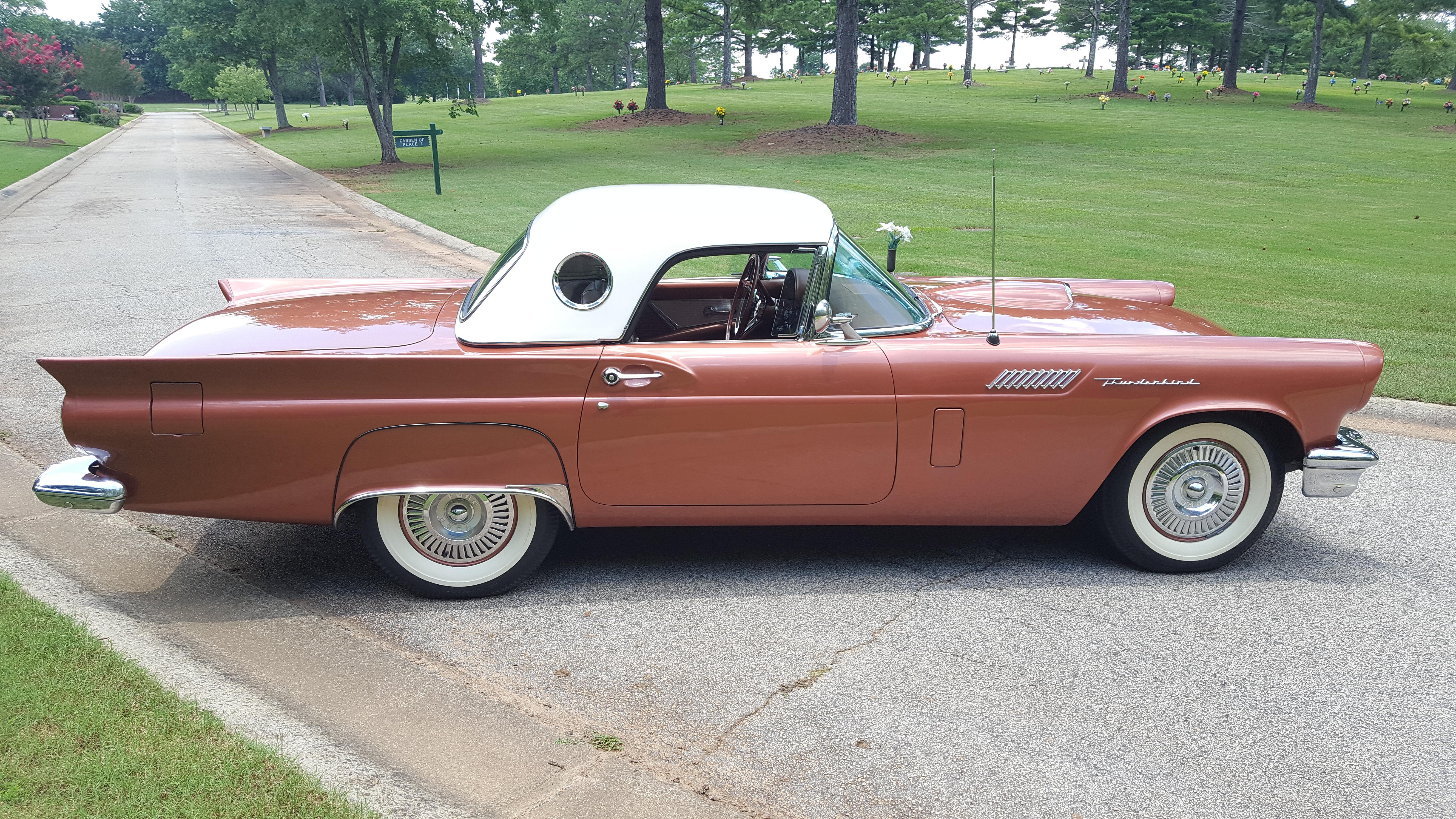 1957 Thunderbird (19)