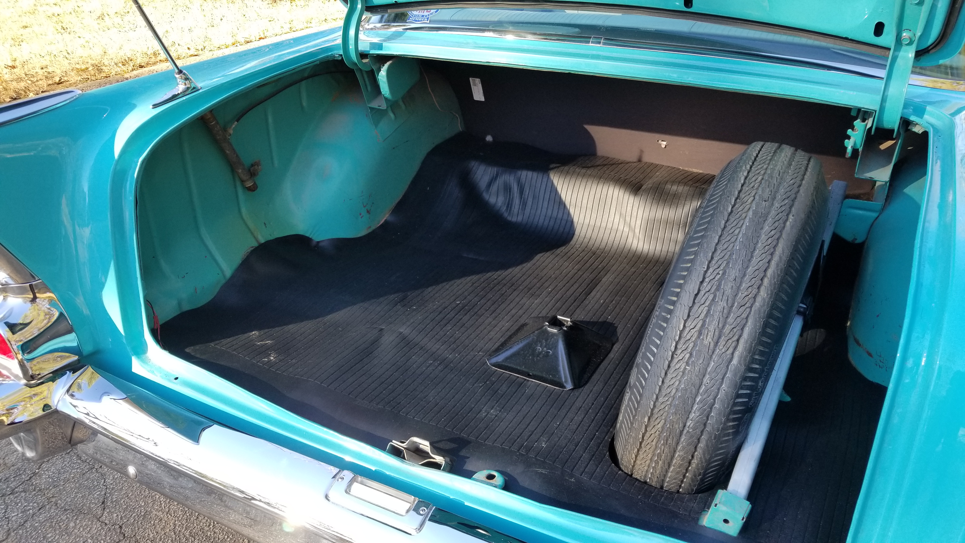 1957 Chevy 210 4 Door (39)
