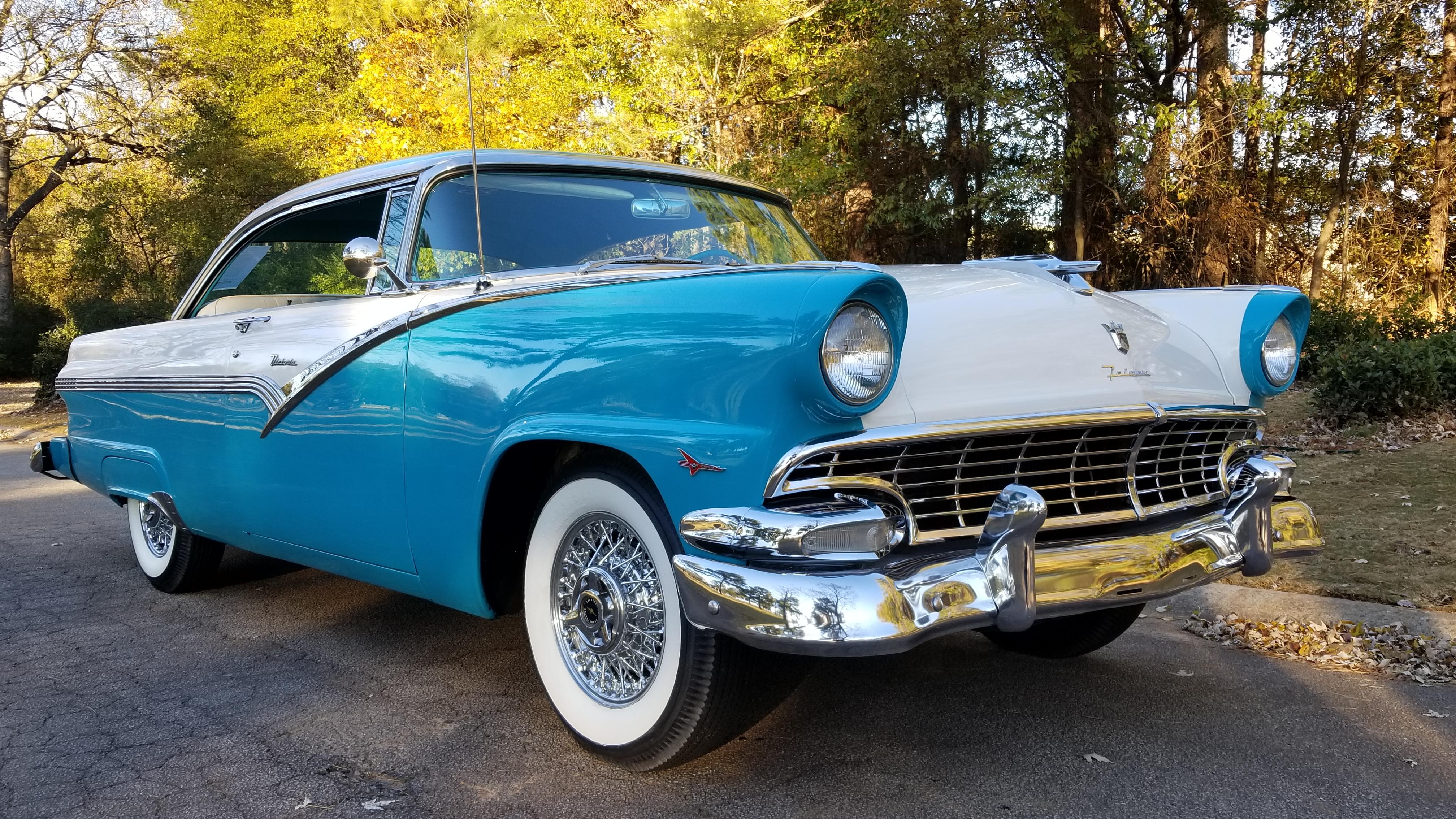1956 Ford Victoria (26)