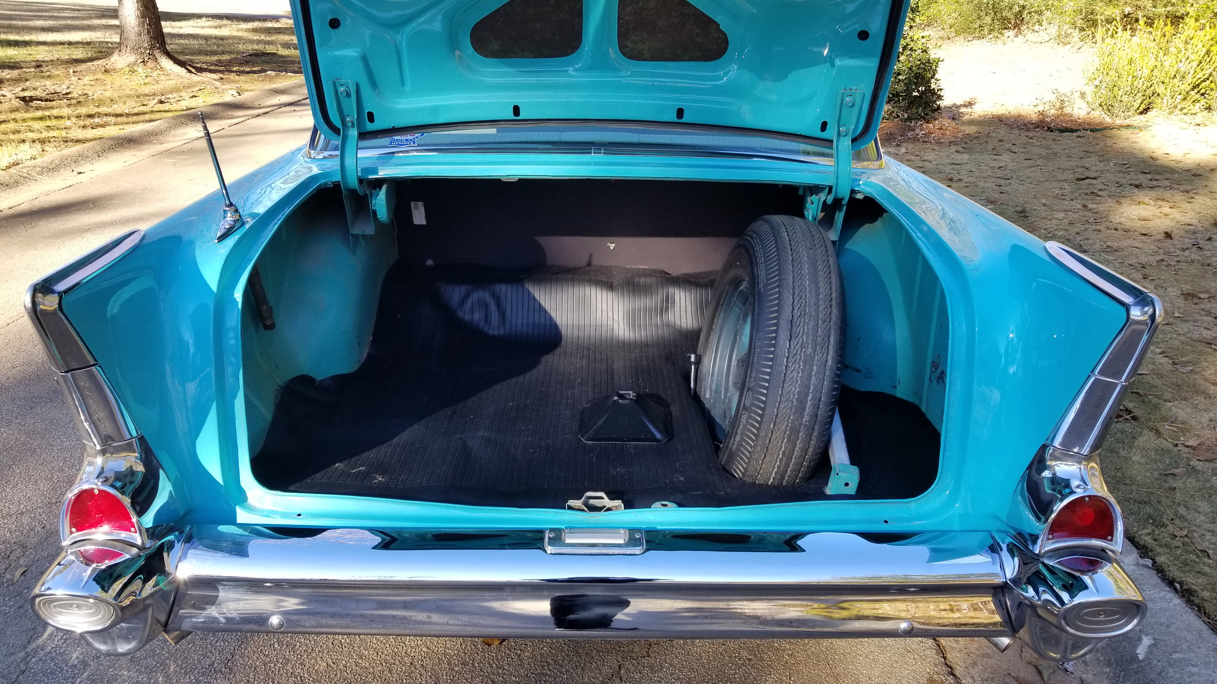 1957 Chevy 210 4 Door (41)
