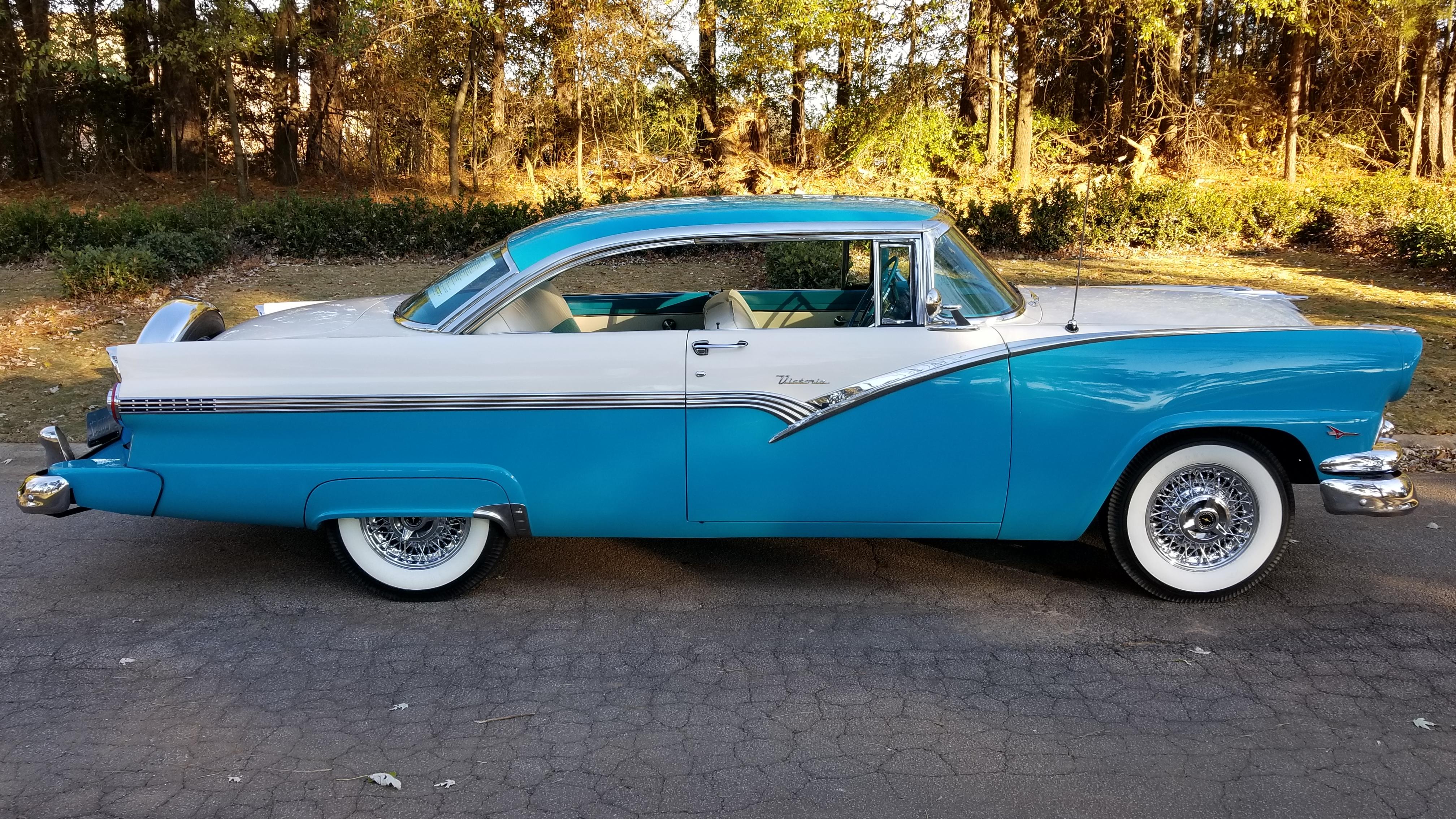 1956 Ford Victoria (33)