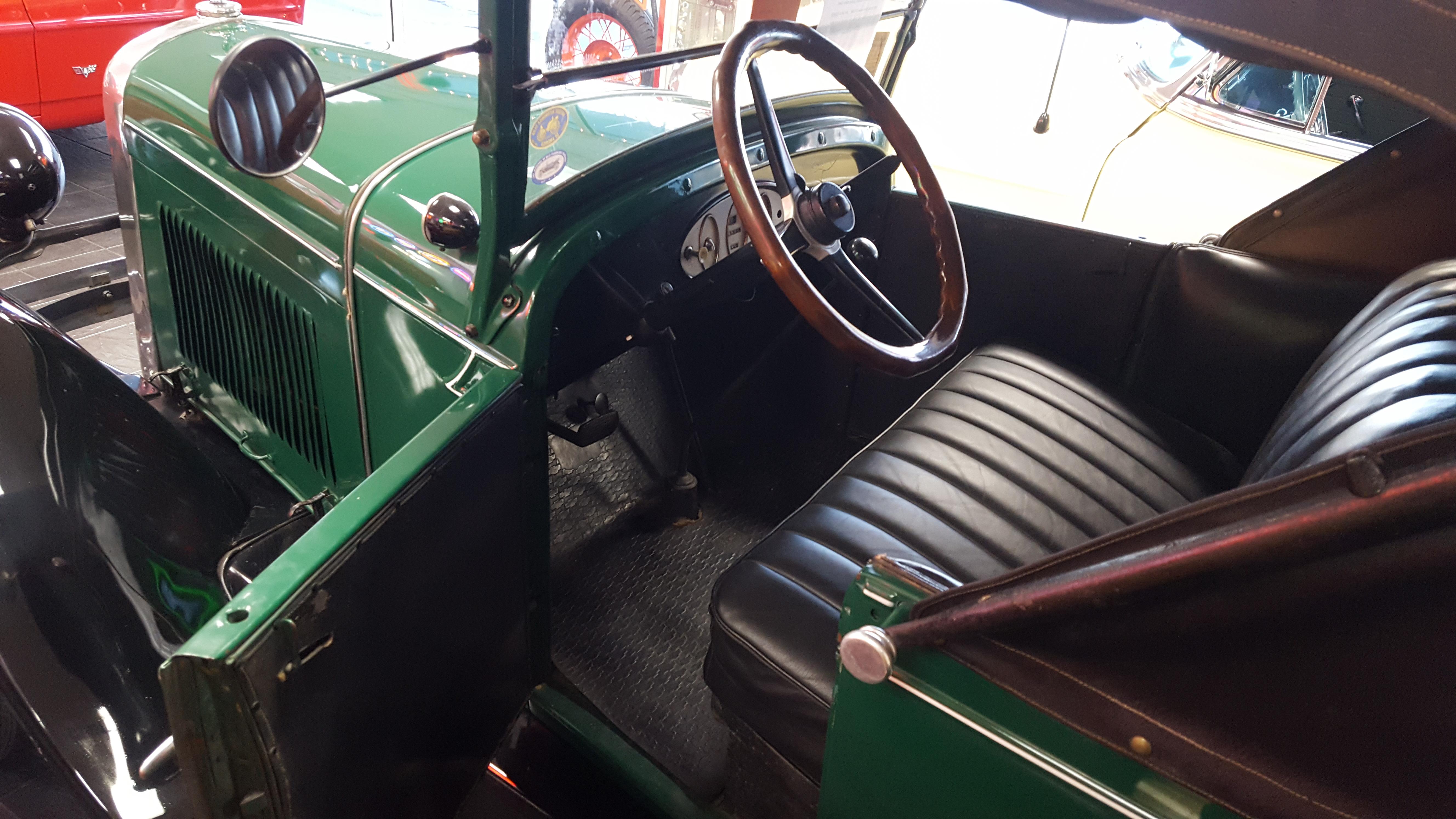 1928 Chevrolet Sport Roadster (8)
