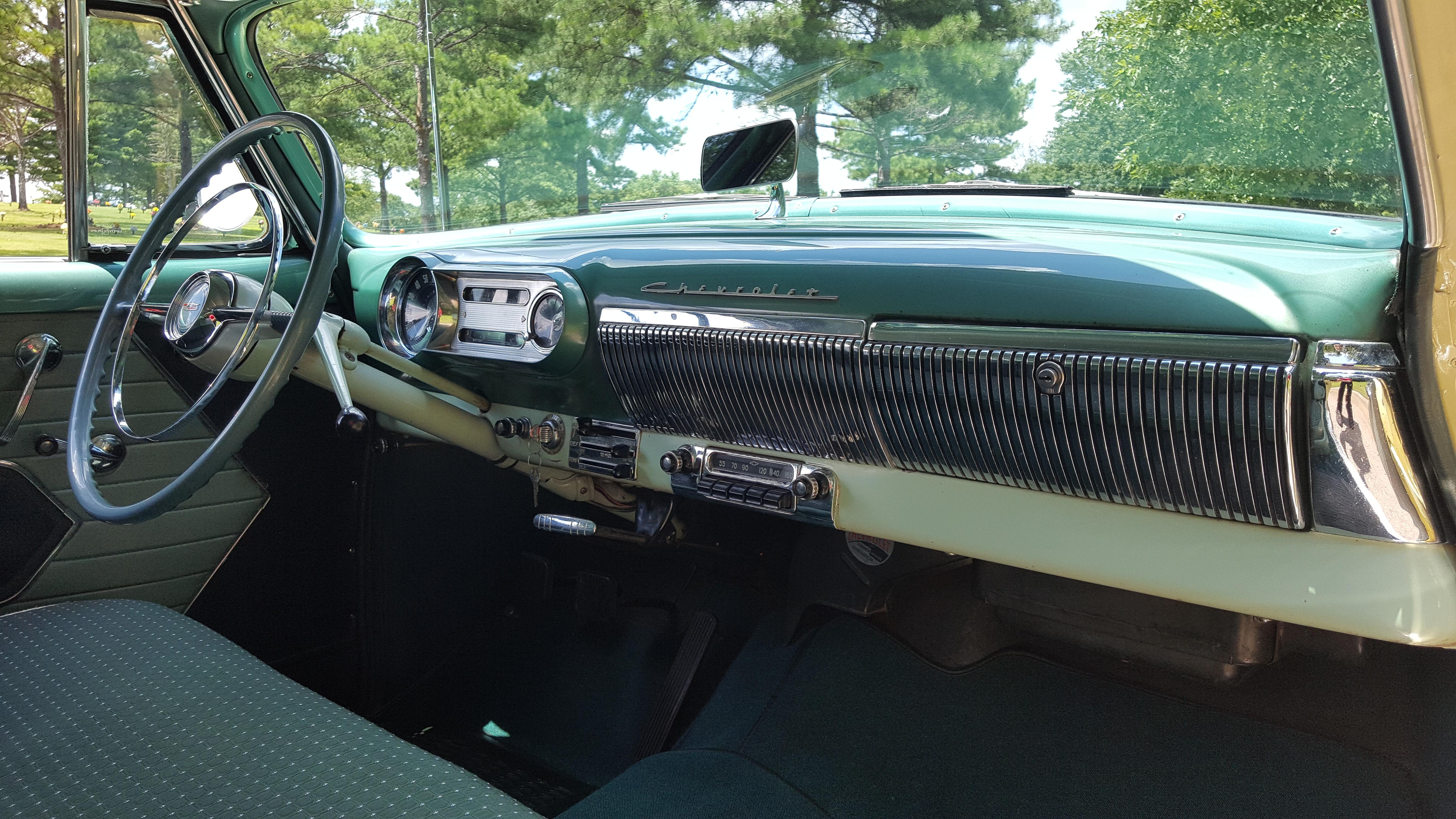 1954 Chevy Bel Air Hardtop (26)