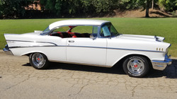 1957 Chevy Belair Hardtop White (32)