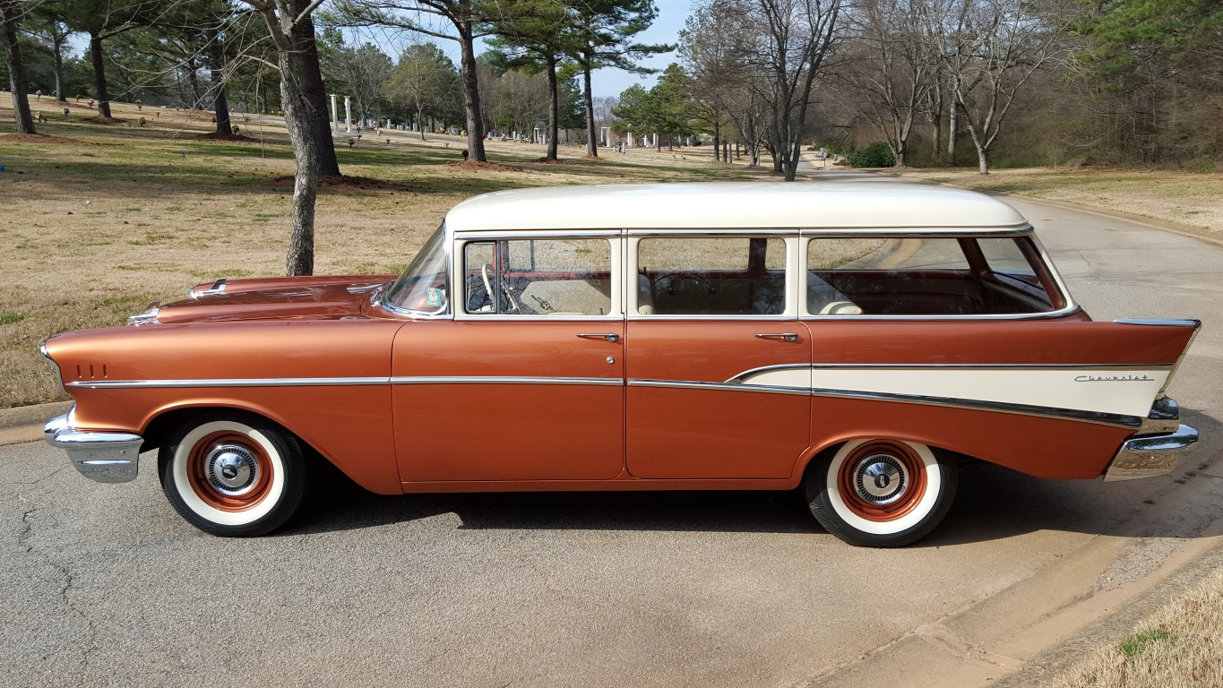 1957 Chevy 210 Wagon (25) (Medium)