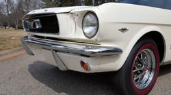 1966 Mustang Coupe White (30) (Medium)