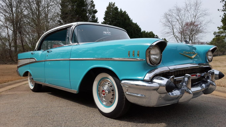 1957 Chevy Bel Air Sport Sedan (28)