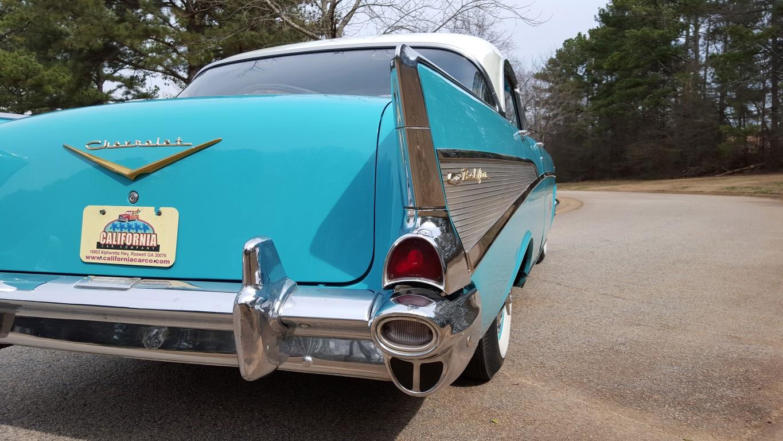 1957 Chevy Bel Air Sport Sedan (25)