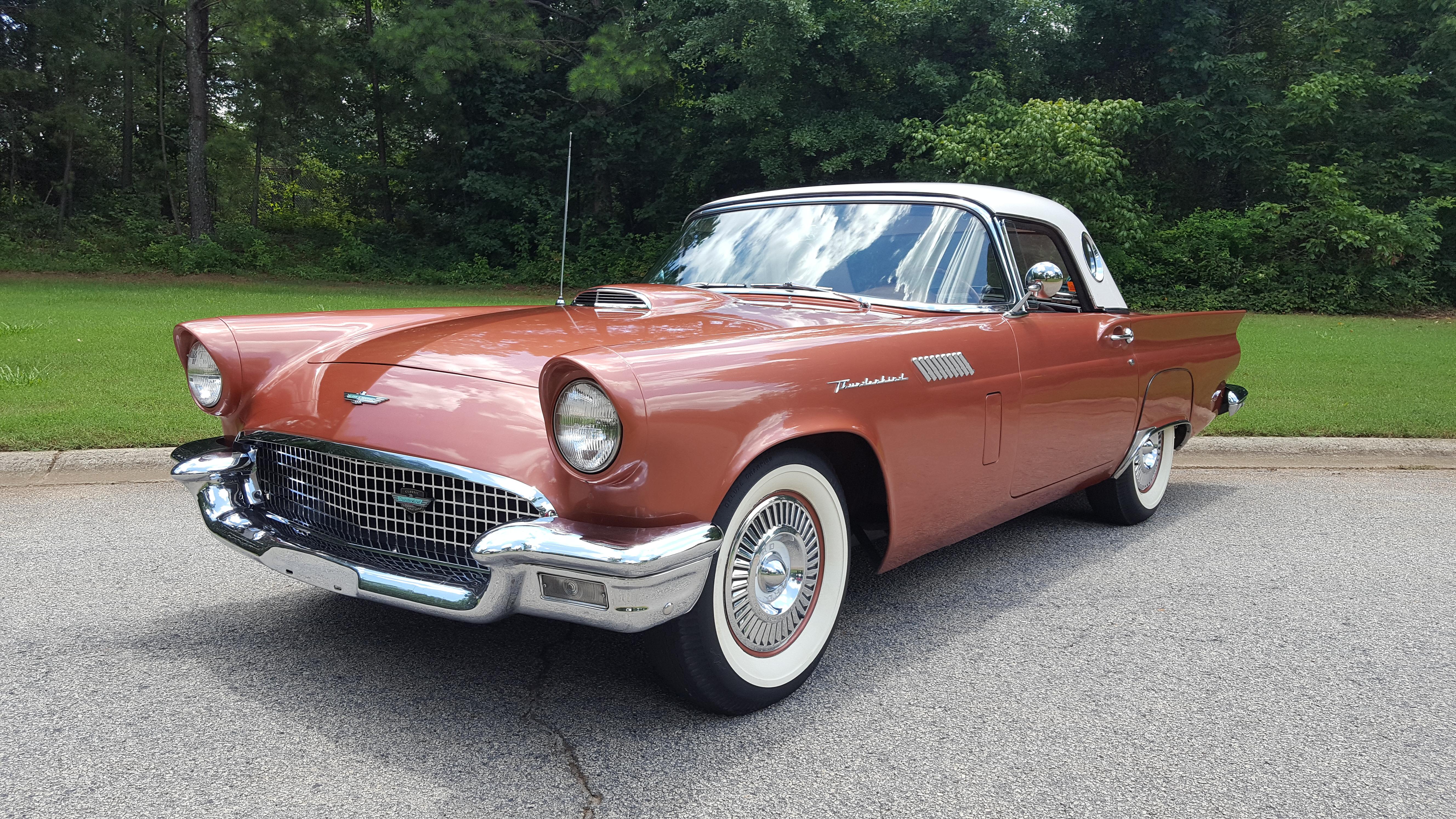 1957 Thunderbird (4)