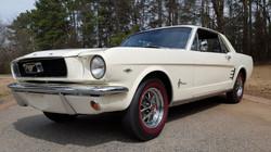 1966 Mustang Coupe White (29) (Medium)