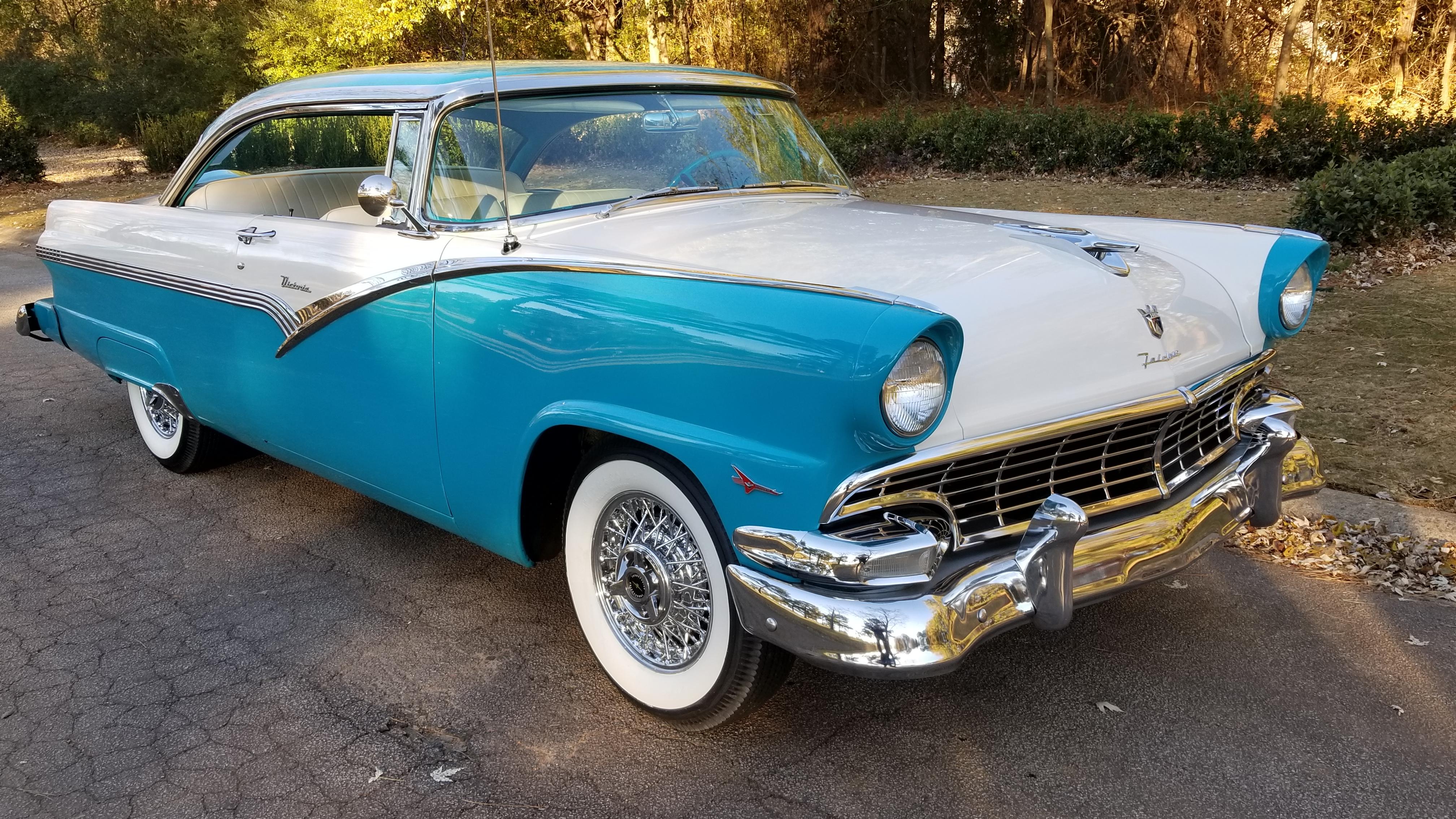 1956 Ford Victoria (25)