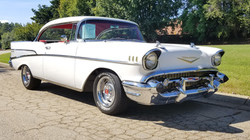 1957 Chevy Belair Hardtop White (31)