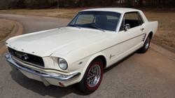 1966 Mustang Coupe White (28) (Medium)