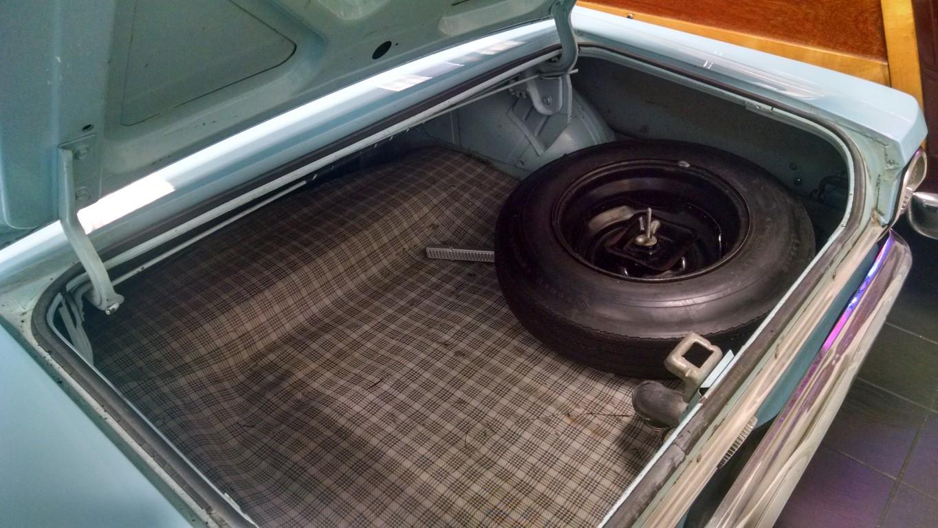 1964 Ford Falcon Futura (1)