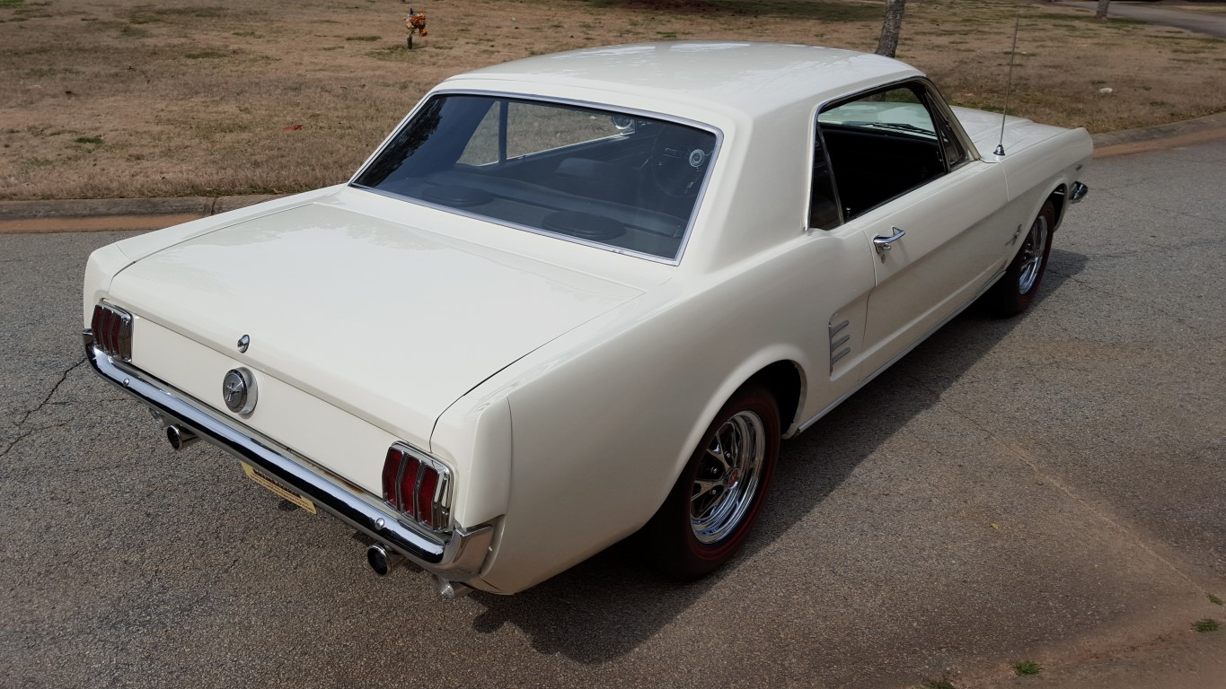 1966 Mustang Coupe White (5) (Medium)