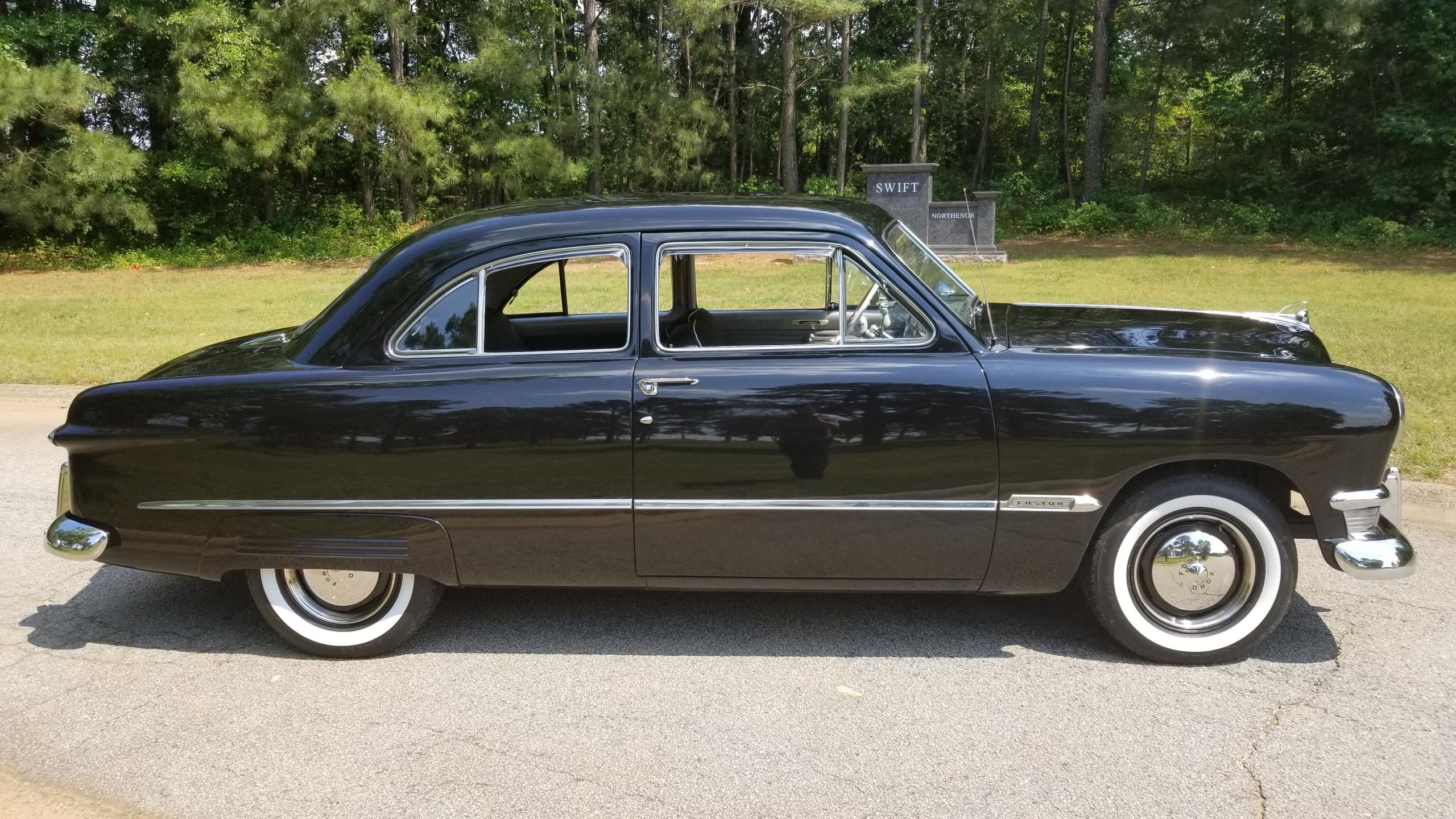 1950 Ford Tudor Custom Deluxe(10)