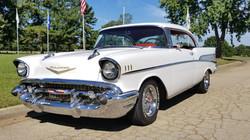 1957 Chevy Belair Hardtop White (25)
