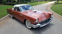 1957 Thunderbird (8)