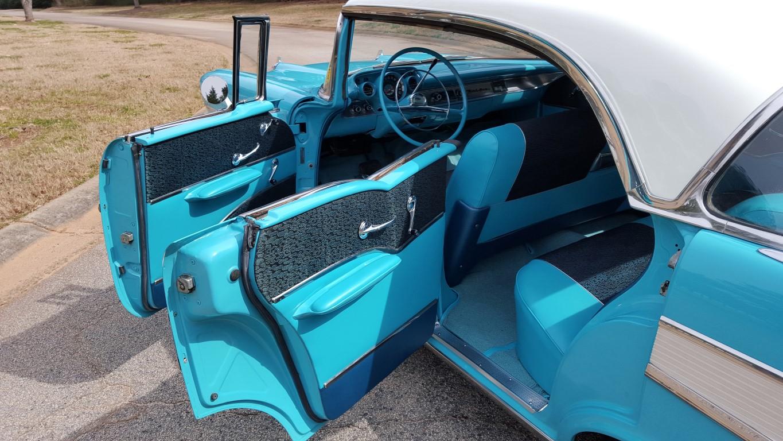 1957 Chevy Bel Air Sport Sedan (14)
