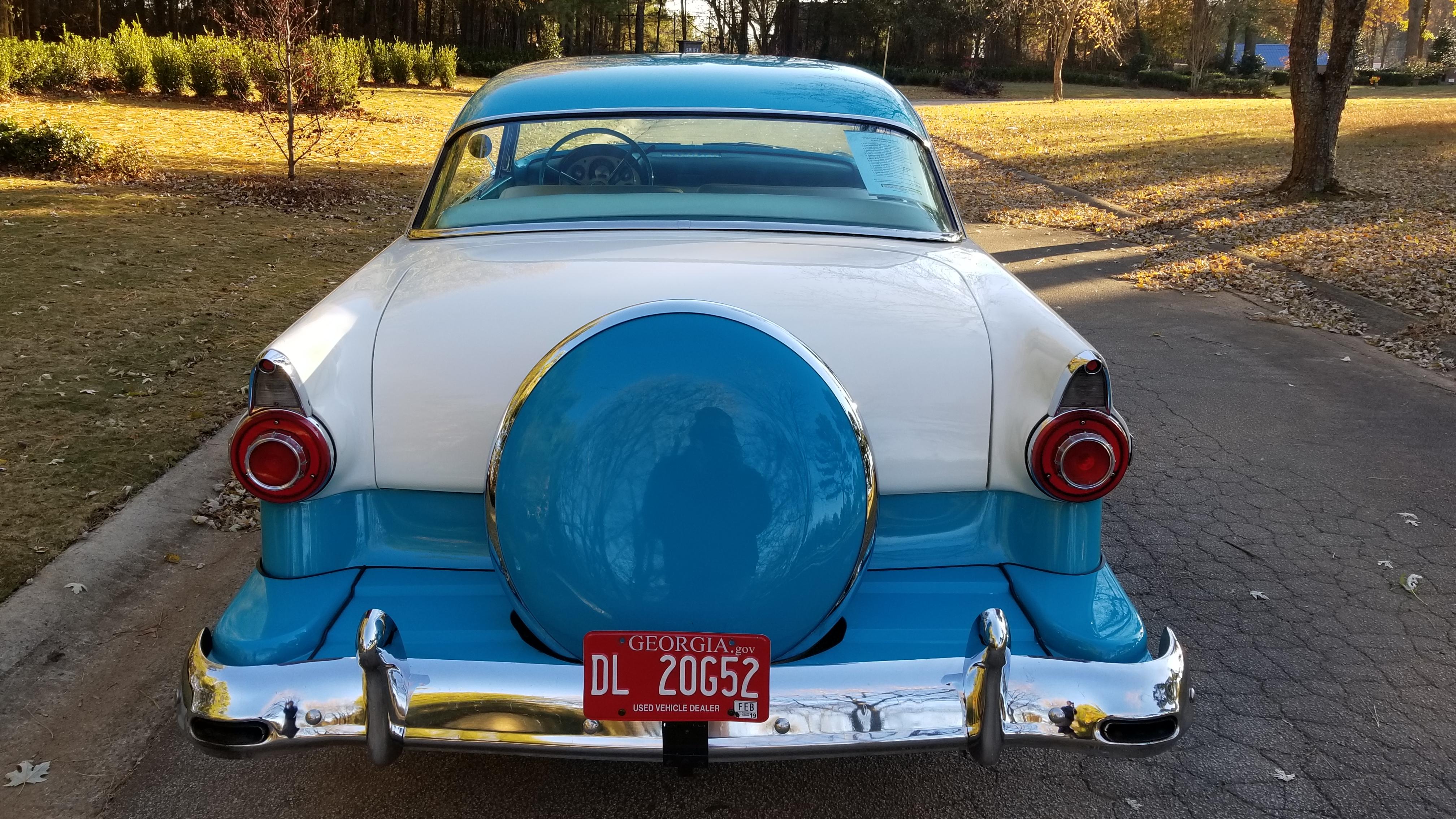 1956 Ford Victoria (29)