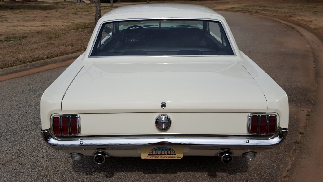 1966 Mustang Coupe White (7) (Medium)