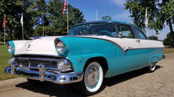 1955 Ford Crown Victoria (2)