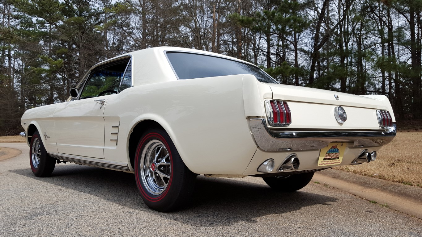 1966 Mustang Coupe White (23) (Medium)