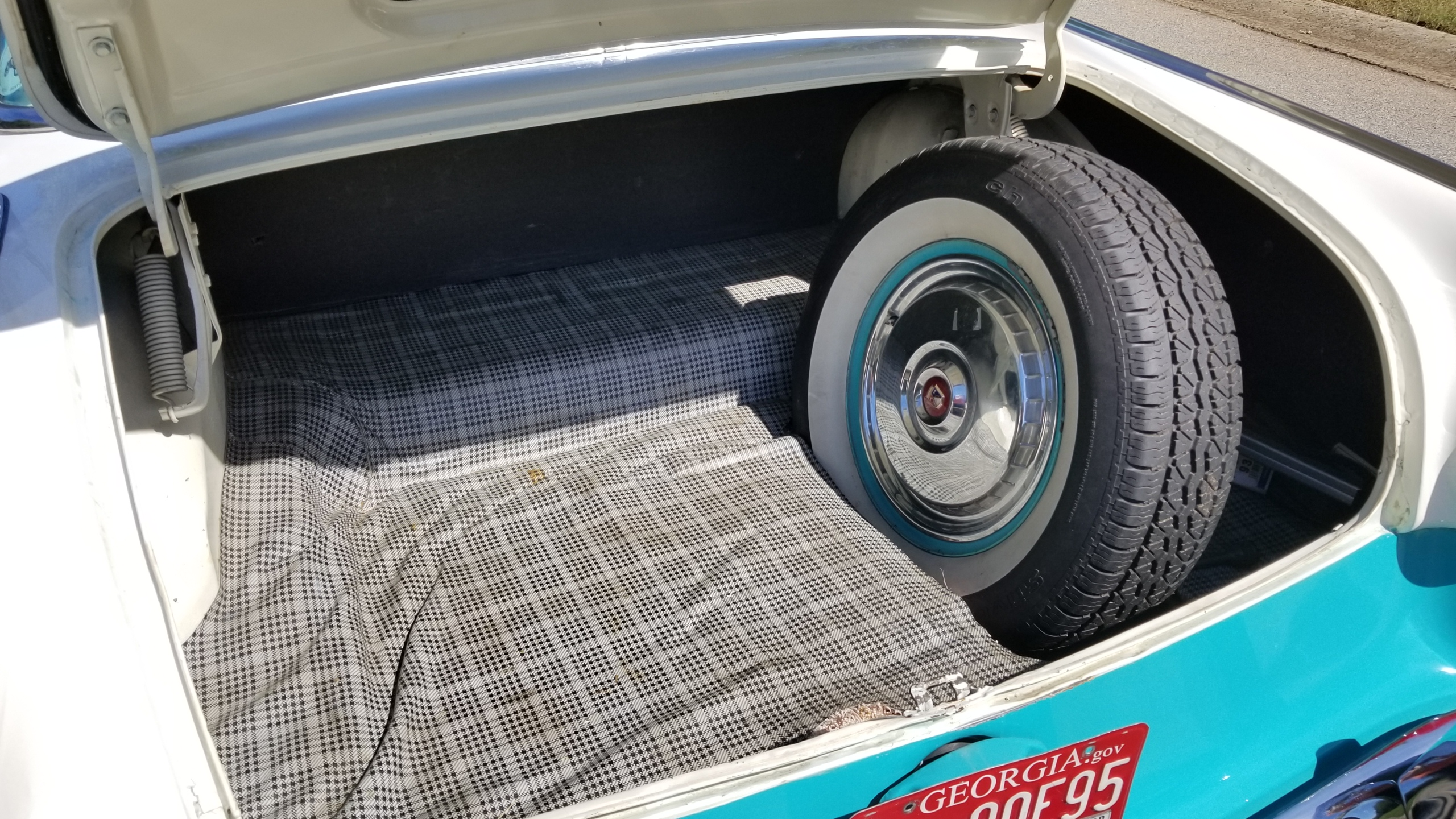 1955 Ford Crown Victoria (28)